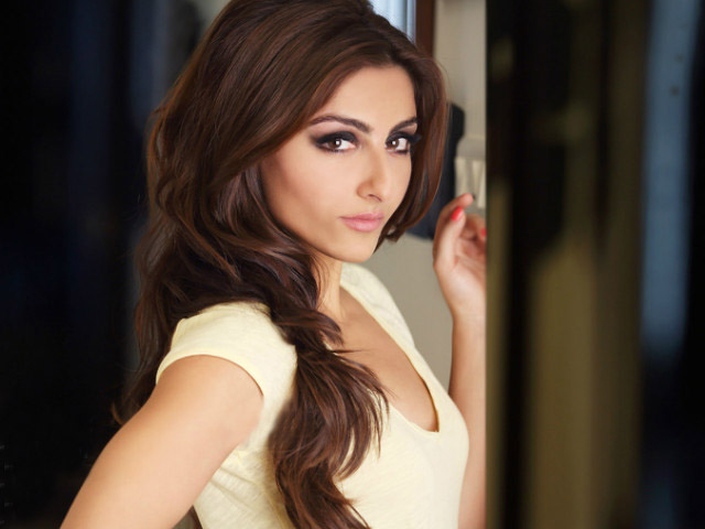 my parents didn t encourage me to be an actor soha ali khan