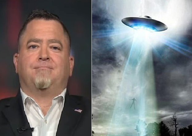 former pentagon official claims aliens visited earth