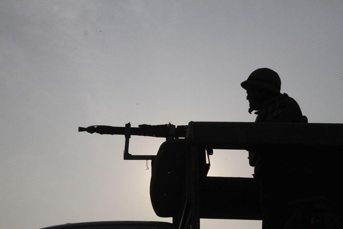 ctd rangers arrest 16 suspected ttp militants in karachi raids
