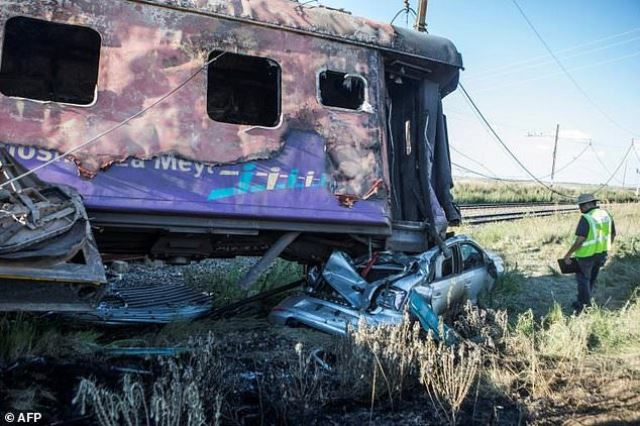 south africa opens manslaughter probe over deadly train crash