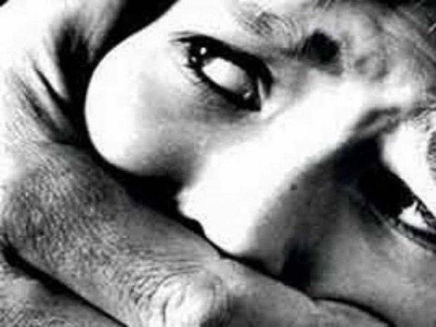 two women abducted from karachi s korangi area