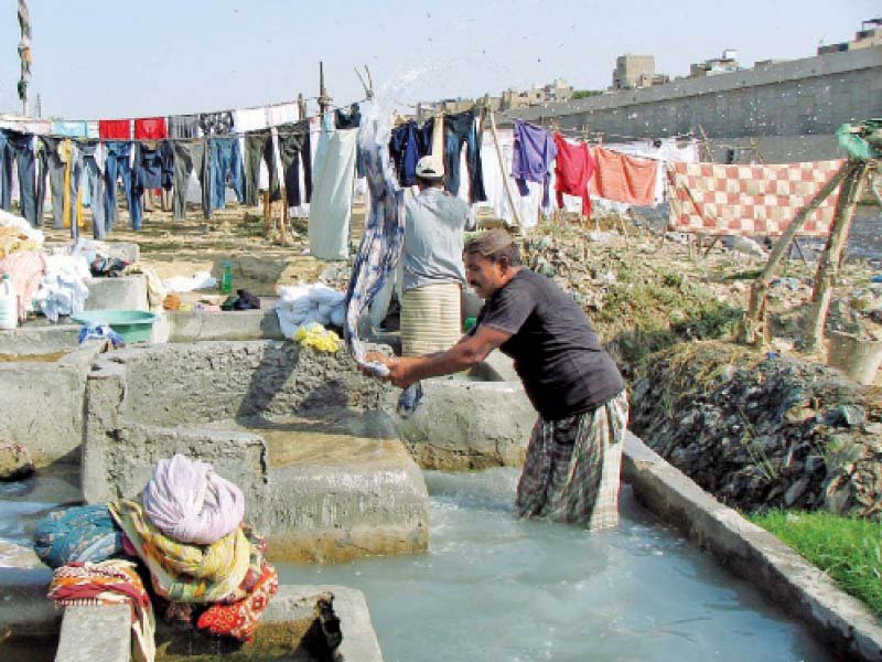 water shortage offers dhobis window for comeback