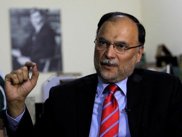 ahsan iqbal calls for resolving larger political issues