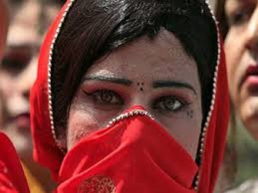 039 transgender are socially isolated and are forced to live like a marginalised community 039 a mardan community states in petition photo reuters file