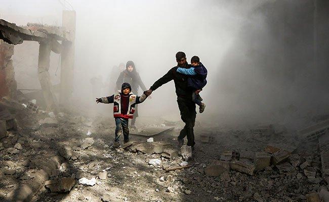 death toll tops 220 in four day regime assault on syria rebel enclave
