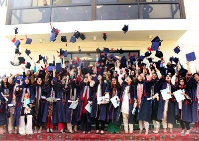 caps and gowns 96 medical graduates awarded degrees at liaquat national convocation