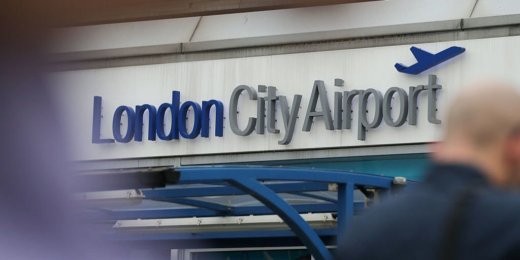 london airport to reopen after wwii bomb removed