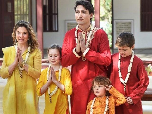 indians fiercely ridicule justin trudeau for wearing fancy dress