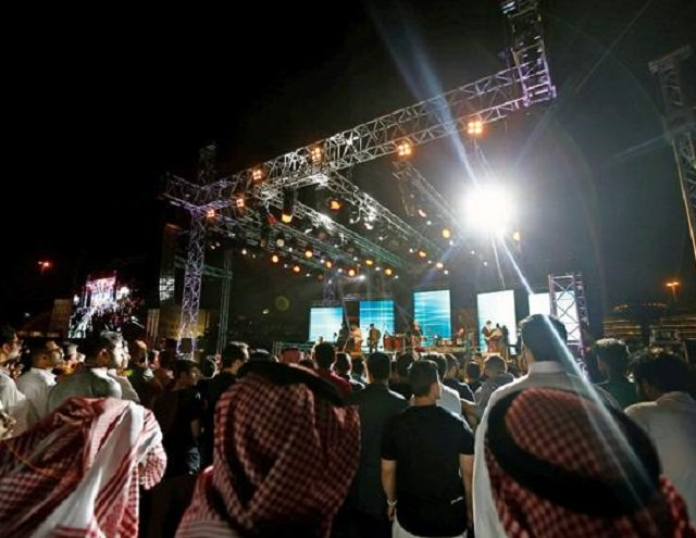 an estimated 3 000 plus visitors attended over the three days of saudi arabia s first jazz festival in riyadh photo reuters