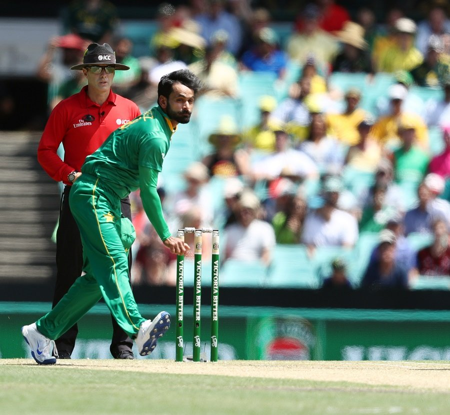 humble request mohammad hafeez has asked the icc to accommodate the doosra by making a few changes in the rules for the game photo afp