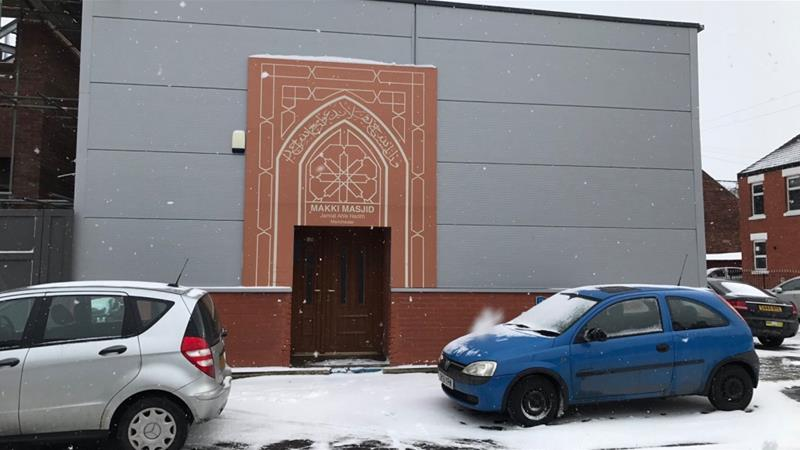 mosques in uk ireland turn into shelters for homeless as snowstorm thwarts region