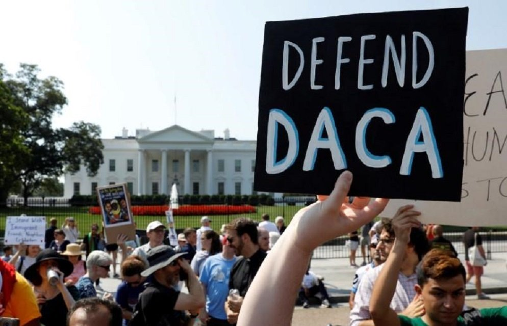 demonstrators protest in front of the white house after the trump administration today scrapped the deferred action for childhood arrivals daca a program that protects from deportation almost 800 000 young men and women who were brought into the us illegally as children in washington us september 5 2017 photo reuters