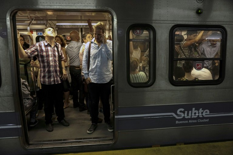 buenos aires subway workers go on strike over asbestos claims
