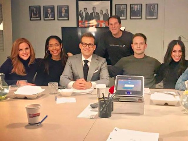 team spirit cast of suits refuses to answer questions about meghan markle