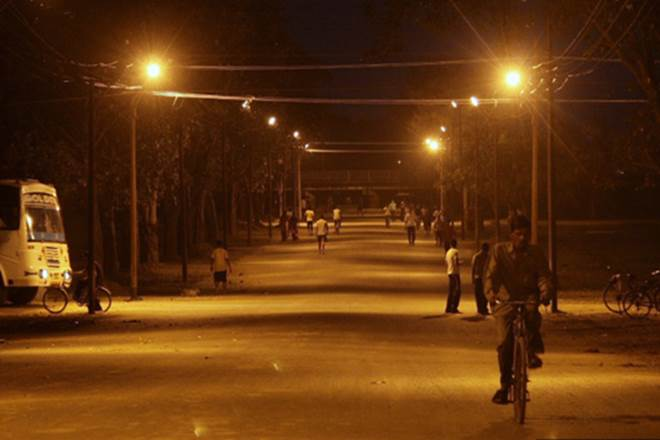 mcl to replace existing street lights with leds in lahore