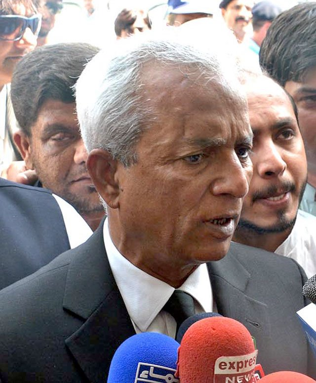 senator nehal hashmi addresses media outside the supreme court building in islamabad photo inp file