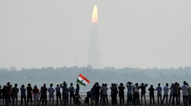 indian space agency loses contact with satellite