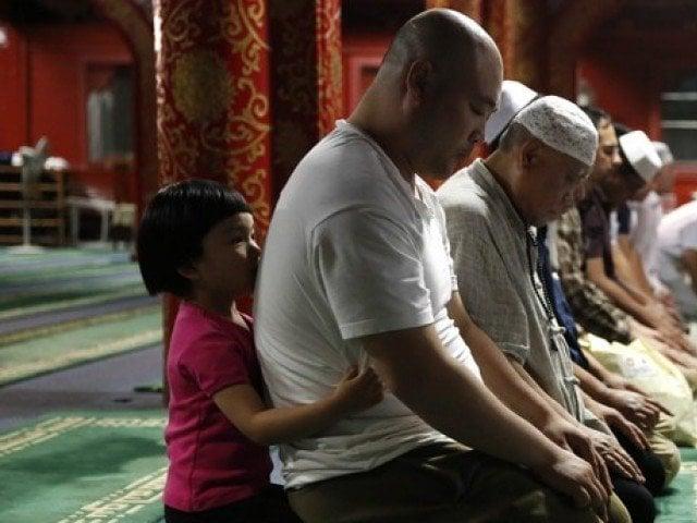 muslims biggest ethnic minority in china reveals white paper