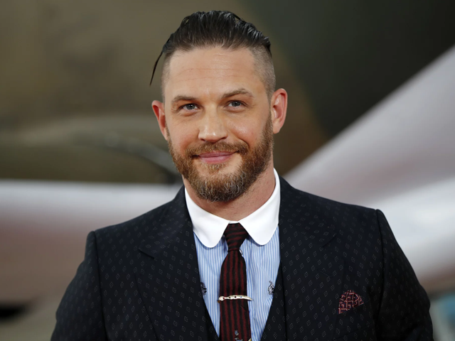 tom hardy goes bald to play ruthless mob boss in upcoming biopic