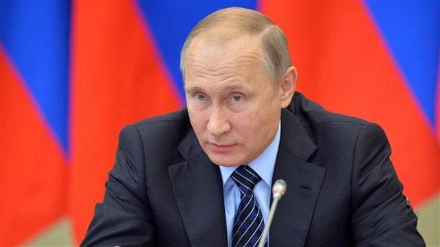 kremlin cracking down on internet to muzzle critics say experts
