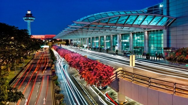 singapore changi named world s best airport by travellers at aviation oscars