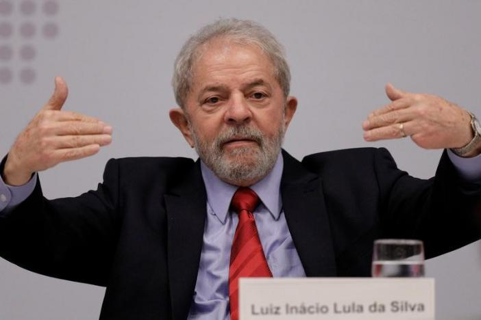 brazil s supreme court delays debate that could see lula released