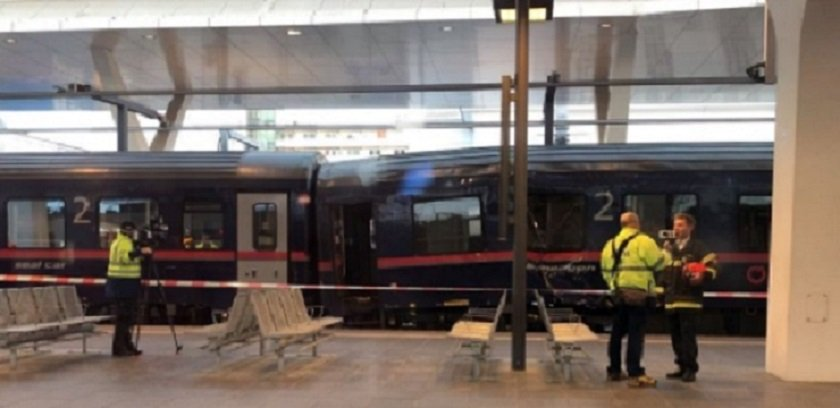 about 40 slightly injured in austrian train accident   police