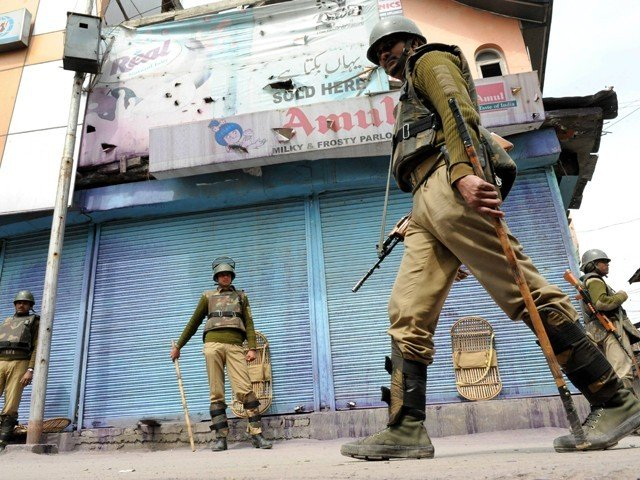 indian troops patrol an area in iok photo afp file