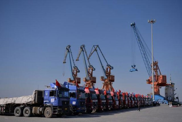 experts at seminar urge country to diversify export markets photo afp