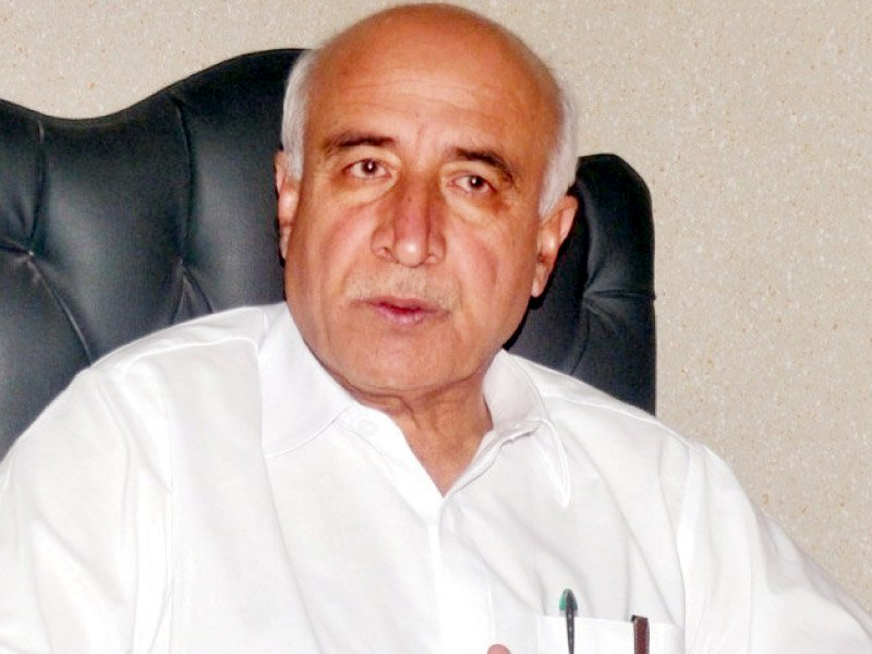 Former Balochistan chief minister Abdul Malik Baloch. PHOTO: EXPRESS