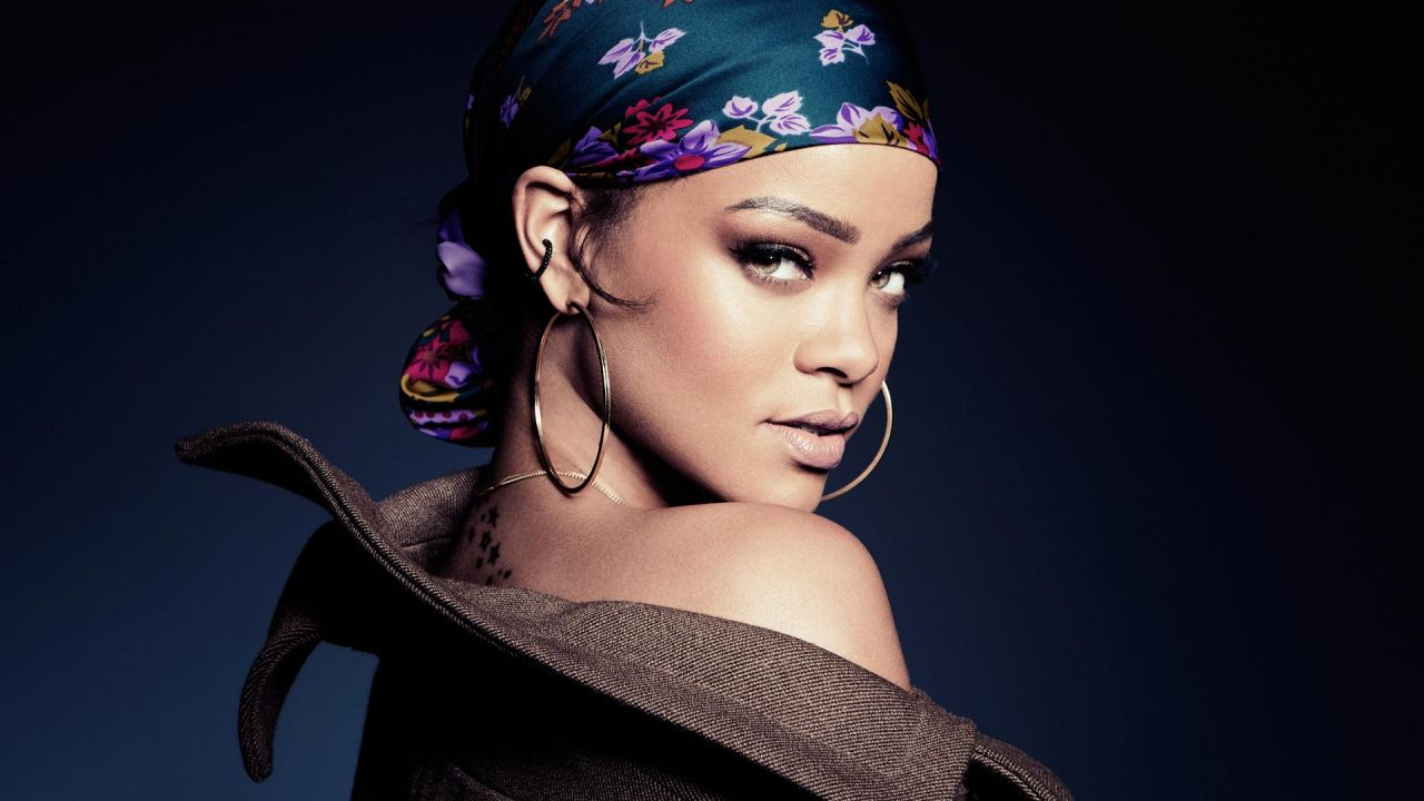 rihanna s stalker arrested after breaking into her home to rape her