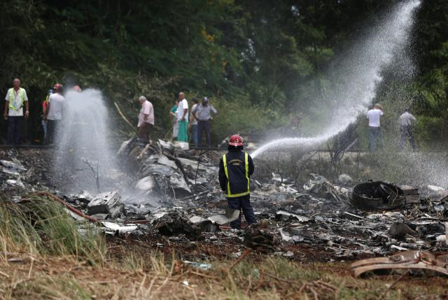 plane crashes in cuba killing more than 100 investigation underway