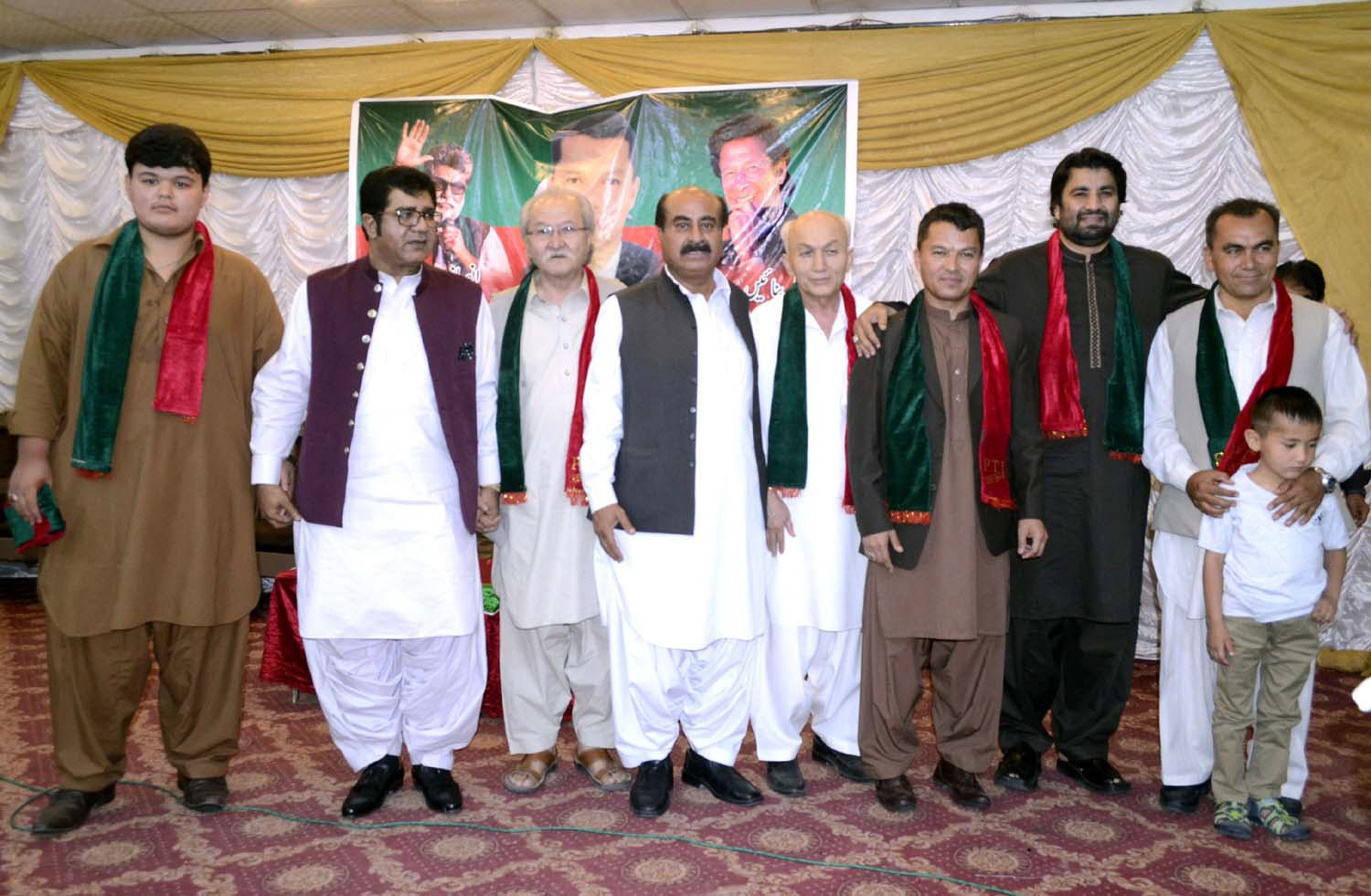 Barrister Iftikhar Raza joins PTI during a ceremony. PHOTO: EXPRESS
