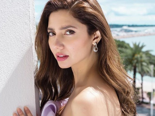 i hope people stop asking me questions on pakistan india relationship some day mahira khan