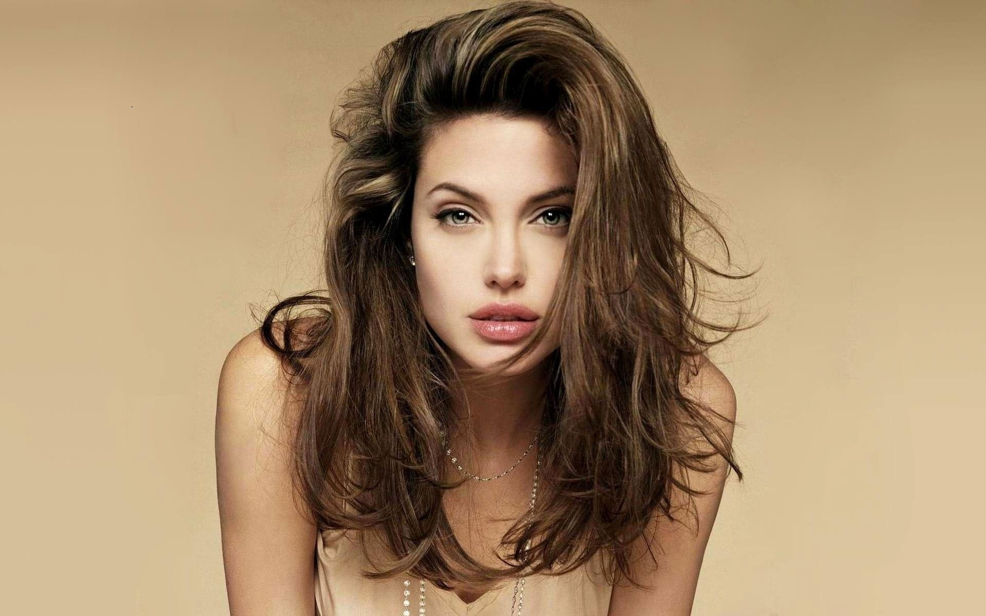angelina jolie s transformation through the years