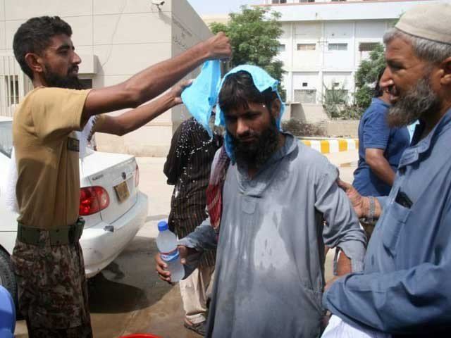 karachi to experience three day heatwave from tuesday