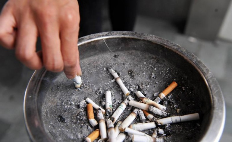Health experts warn against the dangers of smoking at seminar for 'World Tobacco Day'. PHOTO: AFP