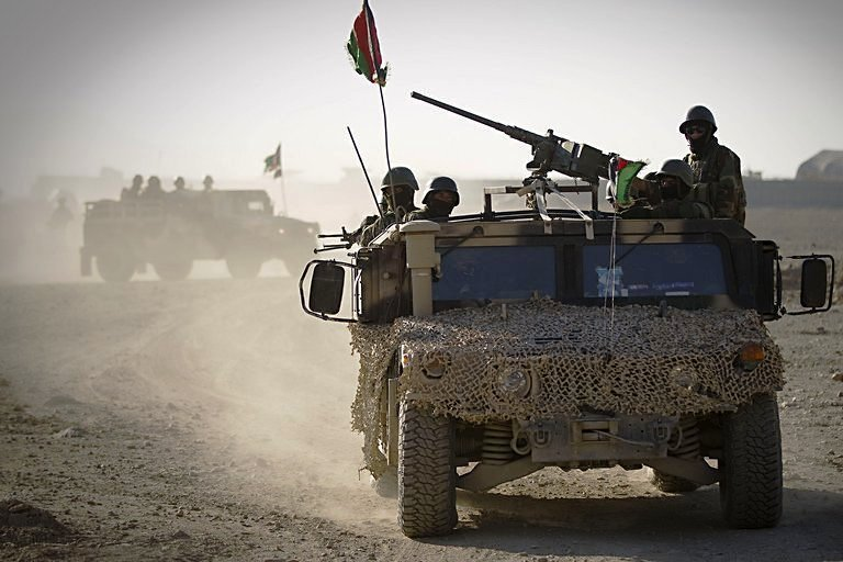 afghan taliban using captured us weaponry to launch attacks report