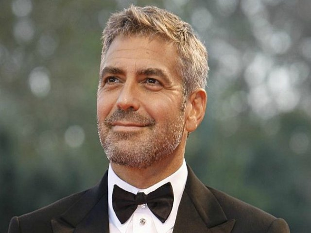 goerge clooney receives lifetime achievement award in hollywood