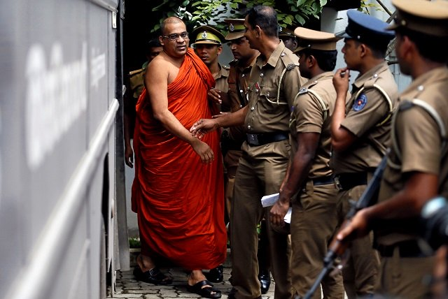 sri lanka jails extremist buddhist monk for six months over threats to woman