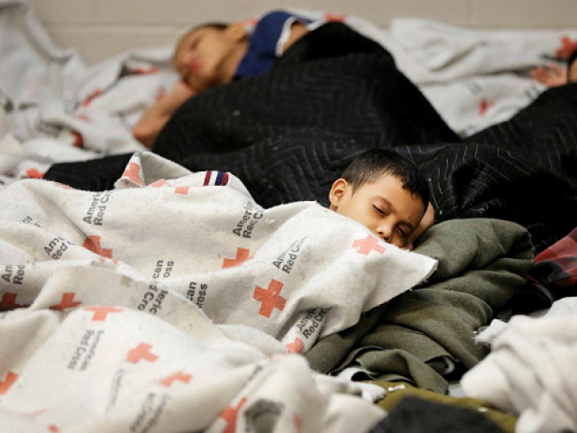 immigrant children sleeping in detention centre photo reuters