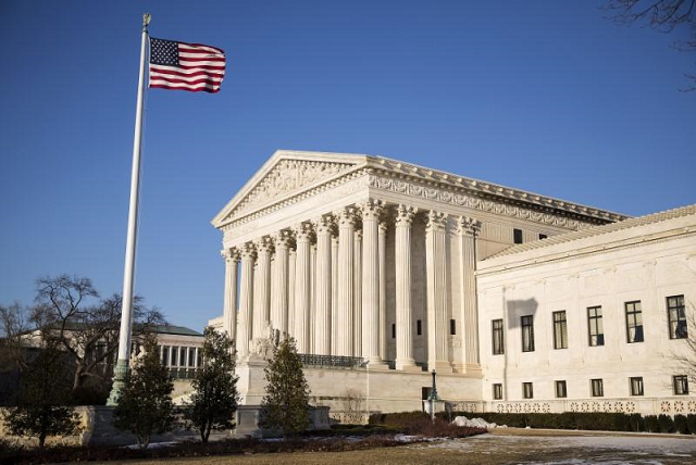 us high court poised to issue major labor ruling as term ends
