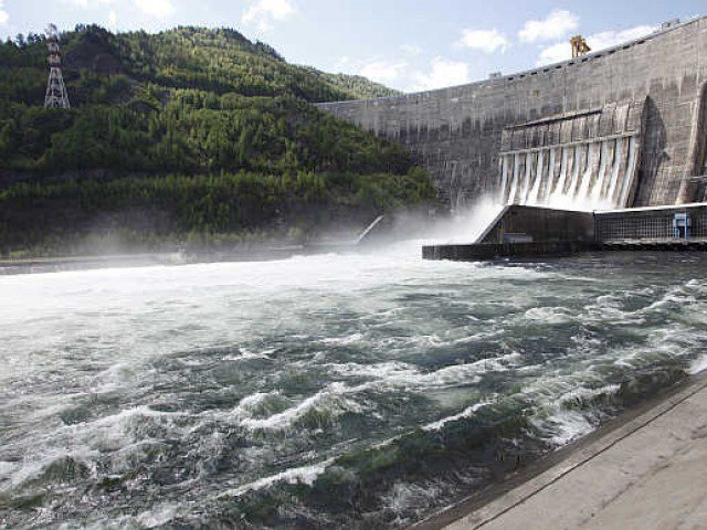 Recently, another bidding process got under way for 2,160-megawatt first-stage of the Dasu hydroelectric power project, which is being constructed in the Kohistan district of Khyber-Pakhtunkhwa under World Bank financing and of others.  PHOTO: REUTERS