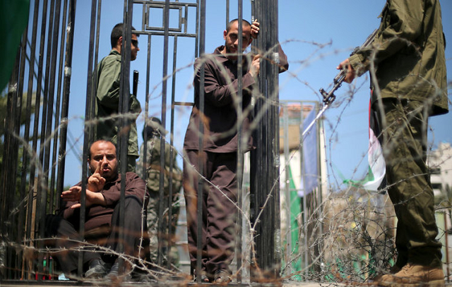 israel enacts law to freeze palestinian funds equal to prisoners stipends