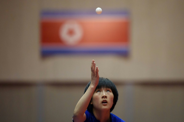north korean table tennis team heads south