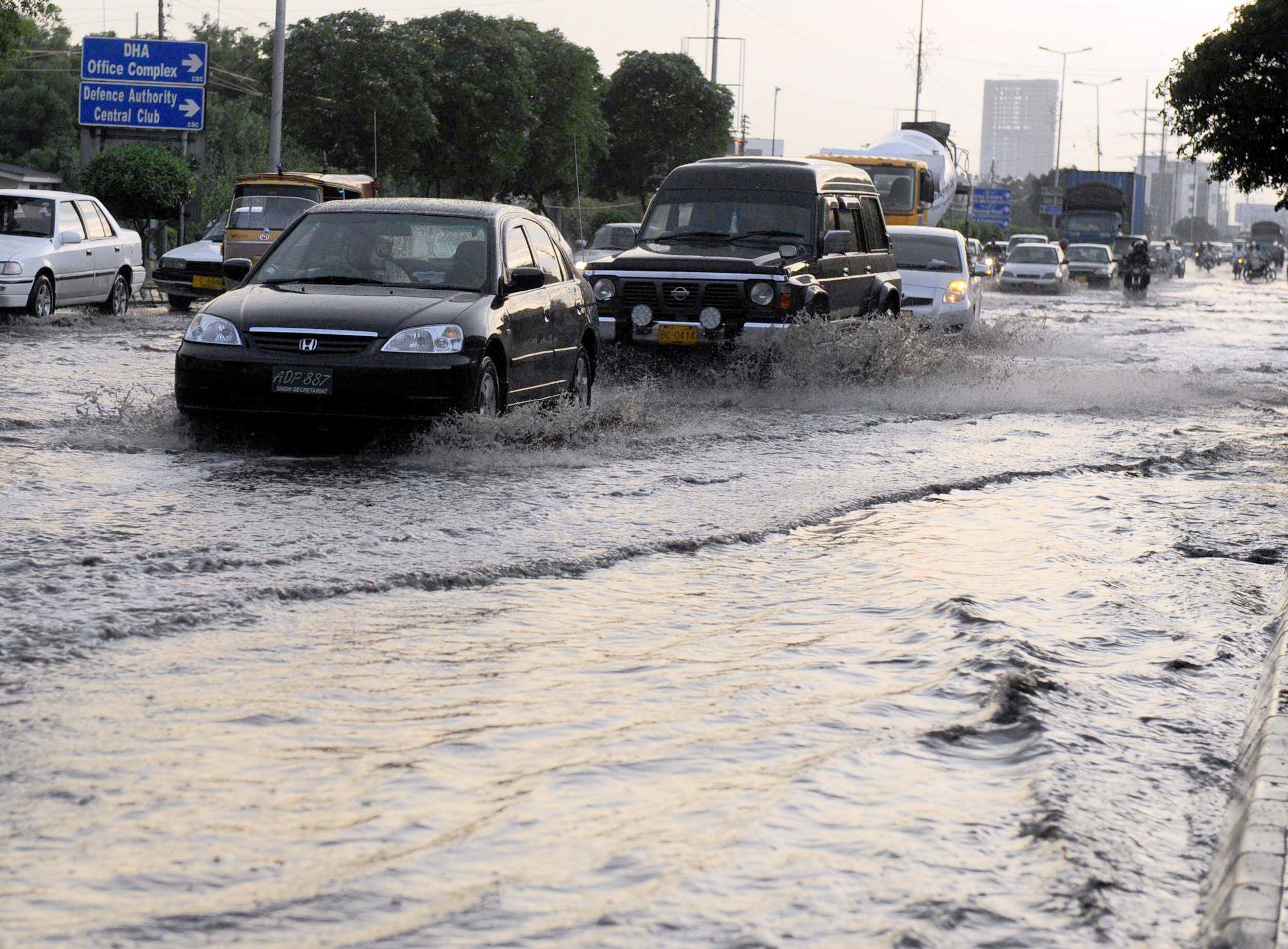 rain emergency plan reviewed in karachi