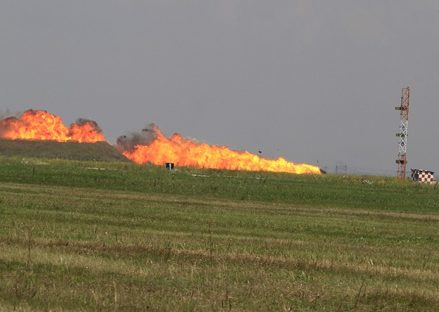 romanian mig 21 fighter jet crashes during airshow kills pilot
