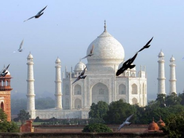 no need to offer prayers at taj mahal india supreme court says
