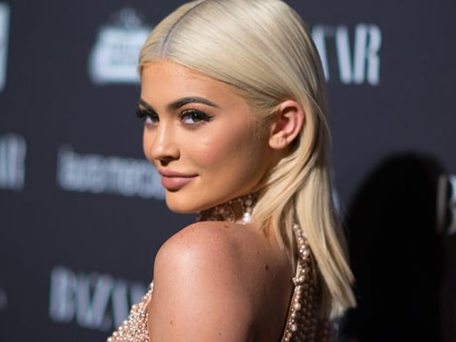 kylie jenner 20 to be youngest self made billionaire