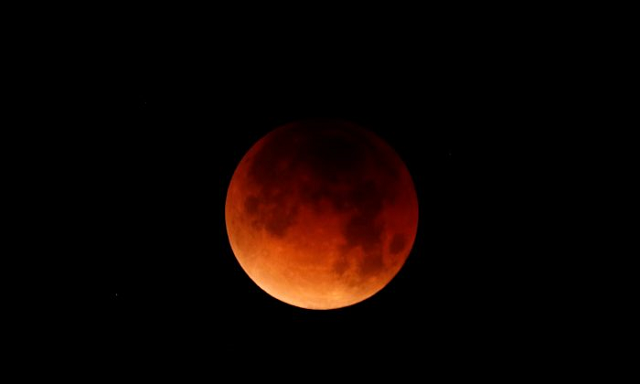 Lunar eclipses typically occur only during a full moon, however on this instance the moon will be in perfect alignment with the sun and earth, also known as the blood moon.  PHOTO:REUTERS